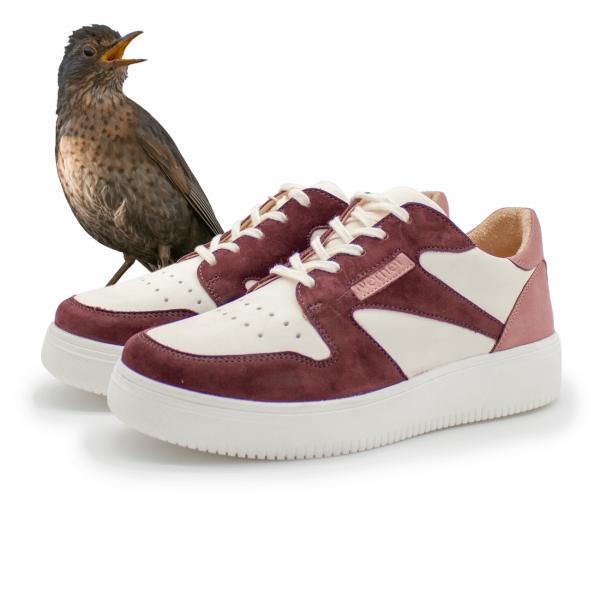Sneaker Walddrossel aus Bioleder Paar schräge Ansicht mit Namensgeber