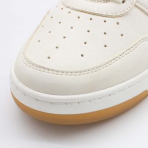 Chunky Sneaker - Baumsegler - naturweiß - paar - Detail Spitze