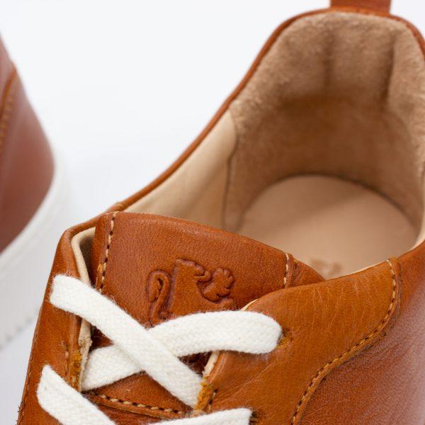 brauner Ledersneaker - cuoio - detail Schnürung