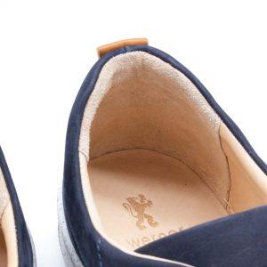 Herrensneaker aus Nubukleder - dunkelblau - Milan - Detail Ferse