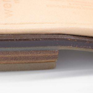 Sandale mit gekreuzten Riemen - Surfinia - Detail Absatz