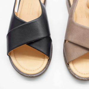 Sandale mit gekreuzten Riemen - Surfinia - Oben