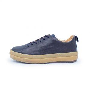 dunkelblauer Ledersneaker